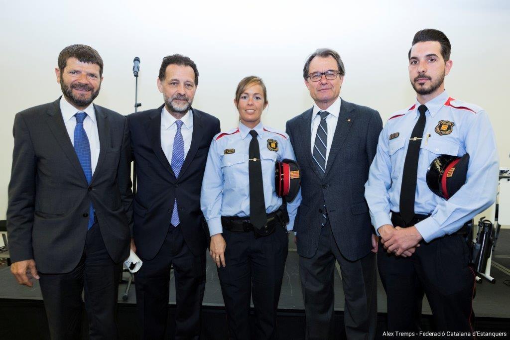 exit-assemblea-2015-estanquers-de-barcelona-02